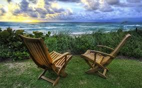 صندلی خالی پرلز